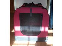 Foldable pet carrier/ transport crate