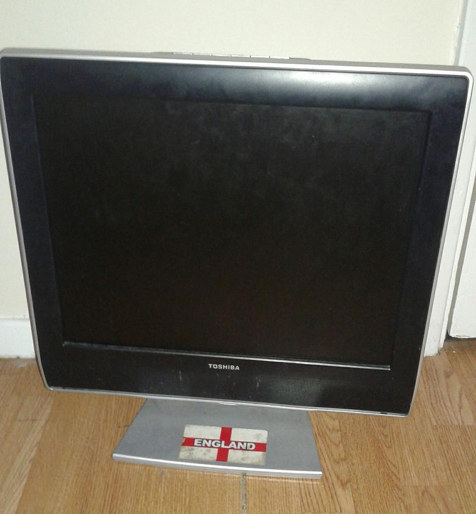 19itch flat screen tv for sale