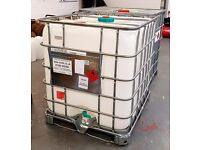 2 x 1000 litre IBC containers