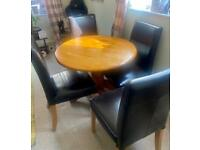 Dining table and x4 leather seats