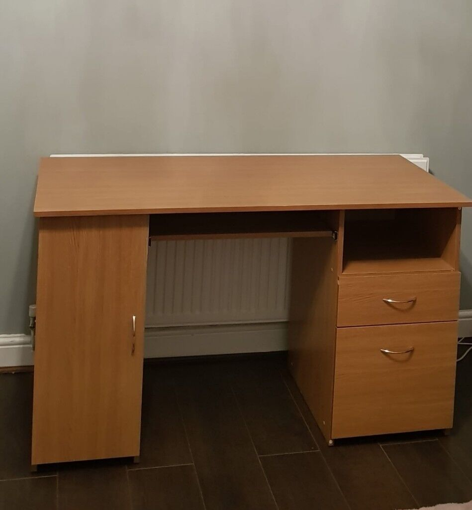 Light Oak Computer Desk With Filing Cabinet Shelves And Drawer In Good Condition
