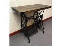 Singer sewing machine/table/cast iron/antique/reclaimed/furniture