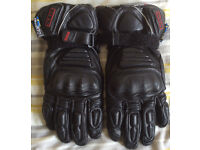 MOTORCYCLE GLOVES SPORTY!