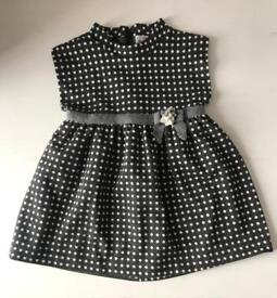 Baby girl clothes from newborn to 1yo