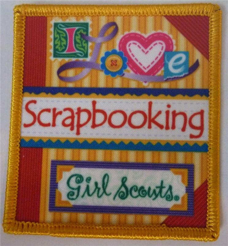 I love SCRAPBOOKING Girl Scouts scrap book project album Fun Patches Crest GUIDE