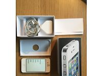 White IPhone 4 - 8GB - excellent condition - locked to EE