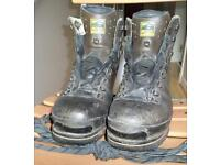 Winter walking boots for sale, very good condition, size 8 1/2