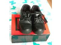 protection shoes size 3