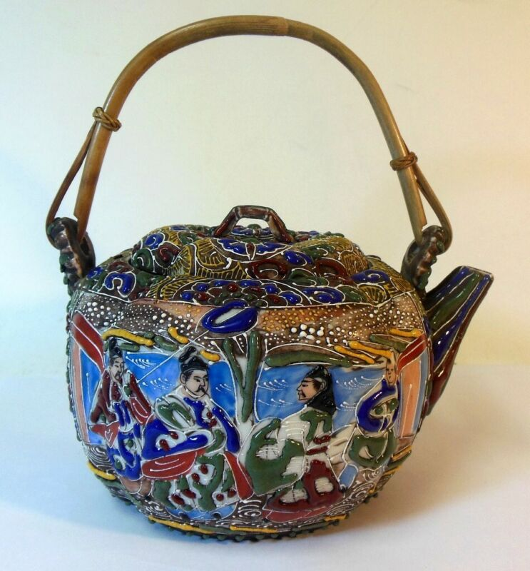 SIGNED Antique Japanese Asian MORIAGE Satsuma TEAPOT  Melon SCHOLARD ROYALTY