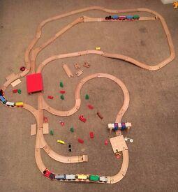 WOODEN TRAIN TRACKS - BARGAIN