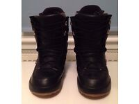 Northwave Vintage Snowboard Boots Size UK 8 – Very Good Condition
