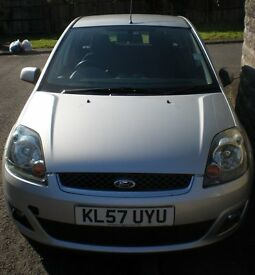 Ford Fiesta Zetec Climate, lady owner from Aug 2010