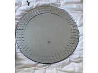 Circular Mirror in excellent condition