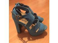 New look, blue high heels