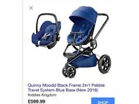 BRAND NEW Quinny Moodd with extra's and carseat