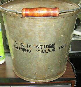 Vintage Shortening Steel Bucket with Lid Kingston Kingston Area image 2
