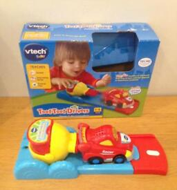 V-Tech Toot Toot Drivers Cars Press & Go Launcher