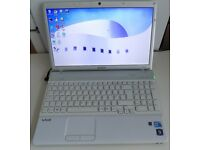 Sony Vaio VCBEB4E4E - AS NEW IMMACULATE CONDITION,