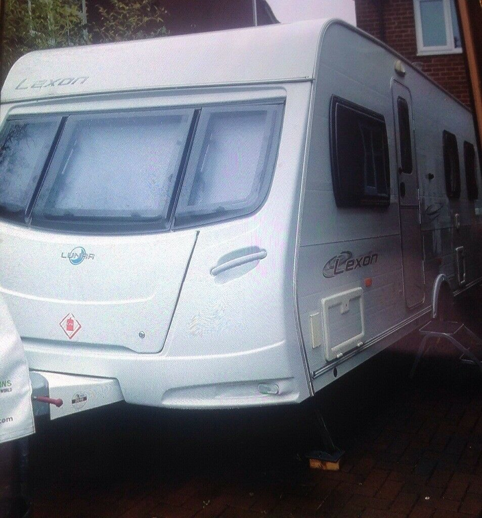 Lunar Lexon 2008 ,4birth with Island bed .motor mover fitted..,