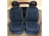 VW NEW BEETLE PASSENGER AND DRIVER FRONT CAR SEATS GOOD CONDITION HEATED HEADRESTS
