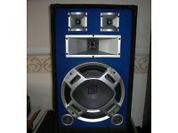 600W PA-Speaker, three way speaker Skytec LED. Great for PA or Guitar/Bass