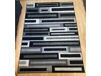 Carpet set. 1x Large 1x Small