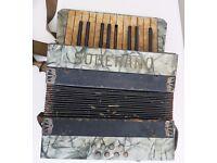 VINTAGE PIANO ACCORDIAN - SOBERANO
