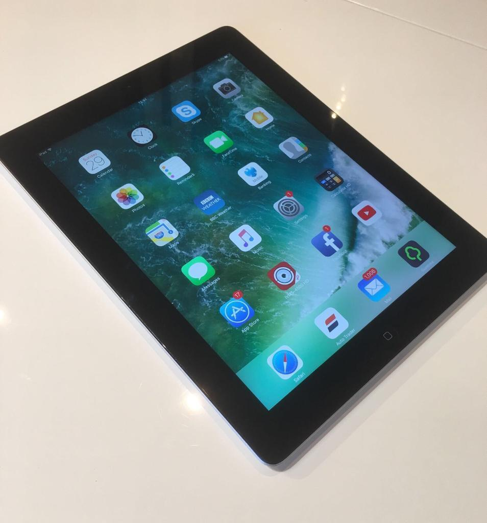 iPad 4 32GB in excellent condition