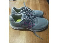 Ladies Skechers Golf Shoes size 5