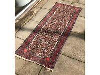 Persian carpet / rug , 193cms x 78cms , in good condition