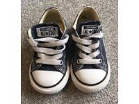 Converse boys size 6 - toddlers