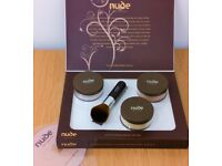 Nude By Nature - Large Limited Edition Gift Pack (Light) RRP £130 (BRAND NEW)