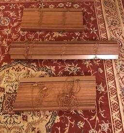 Wooden Venetian blinds - three individual blinds