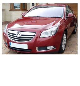 Vauxhall Insignia Elite 2.0 CDTi NatNav 160 fully loaded and Exceptional condition