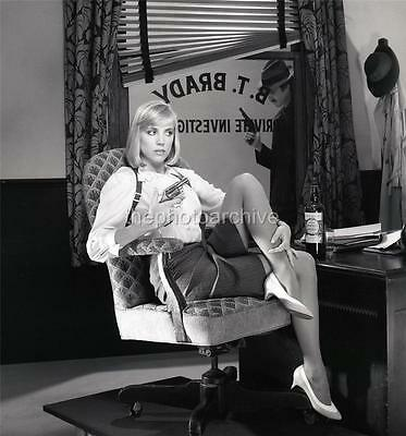 Superb High Resolution BESS ARMSTRONG Embossed Photo By Harry Langdon HL1074