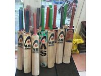 20 BRAND NEW English Willow Cricket Bats with 24 Cricket Balls - Job lot