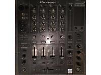 Pioneer DJM800 Mixer £500
