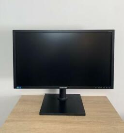 """Samsung 24"""" LED Full HD (1920x1080) WideScreen Monitor, Excellent Condition"""