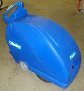 Clarke Fusion 20T Walk Behind Floor Burnisher Cleaner Scrubber Polisher Traverse Power 4.5 hours use!