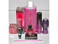 Avon Mixed Collection of 8 Products including 'Slip Into Perfume 3 Item Gift Set'.
