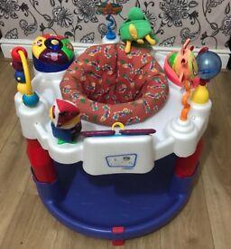 Baby Einestin Activity Center/saucer /Jumperoo