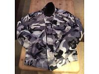 Motorcycle jacket size small armoured