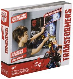 TRANSFORMERS GLOW WALL PUZZLE