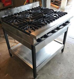 Raven 6 burner gas range - excellent condition