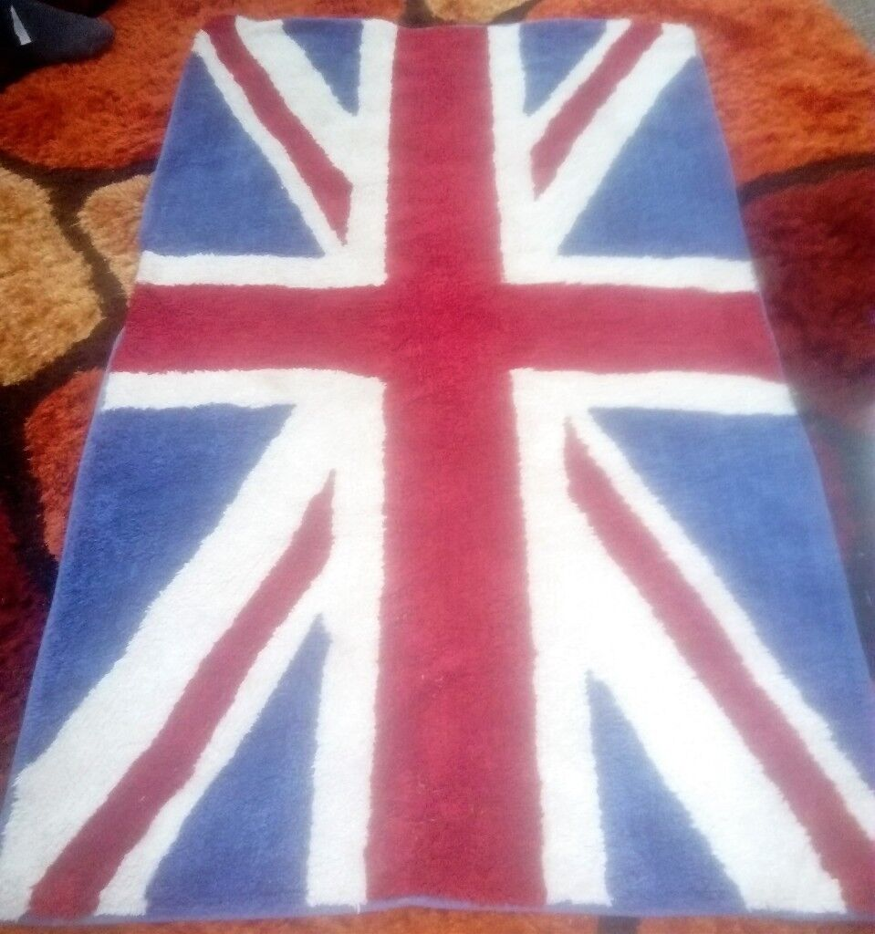 Lovely Union Jack Rug For Sale In Great Condition In East End