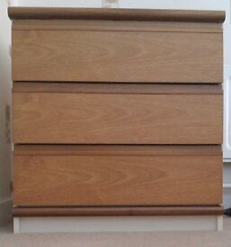 Small Chest of Drawers - In Sunderland
