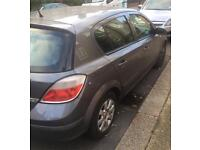 Vauxhall Astra 1.6 Automatic Immaculate condition MOT till June 2018