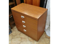 4xDrawer Chest of Drawers (used) For sale