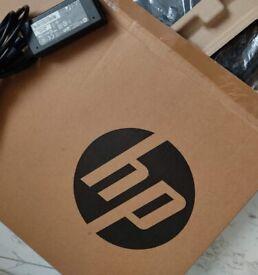 HP Pavilion SLEEKBOOK BEAUTIFUL Laptop, Intel i3 QUAD-CORE, 700, Fast, Great Battery, ALMOST NEW
