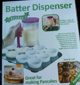 batter dispenser- pancakes, muffins and more ! AS NEW Great fun with kids without the mess